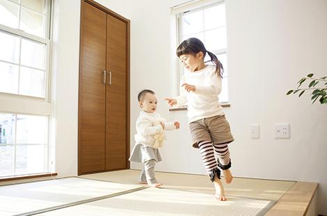 子供の笑い声が聞こえる家イメージ